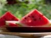 Makan-Semangka-Agar-Tidak-Jantungan-300x153