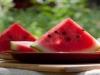 Makan-Semangka-Agar-Tidak-Jantungan